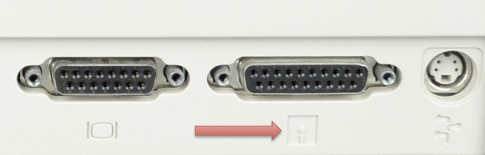 Macintosh IIsi External Floppy Port Highlighted.jpg